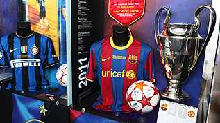 The Barcelona 2011 cabinet at the Exhibition of Champions