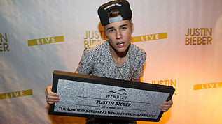 Justin Bieber with his Wembley Way stone