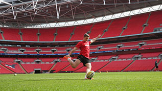 Owen Farrell trains on the Wembley pitch