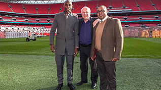 Jason Roberts and Greg Dyke on the Wembley pitch