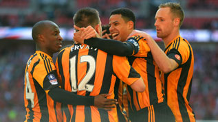Curtis Davies celebrates with Matt Fryatt at Wembley