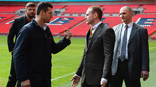 Froch and Groves-argue at Wembley
