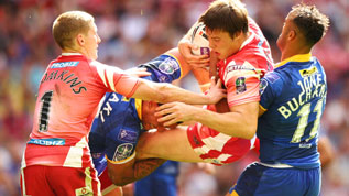 Weller Hauraki playing for Leeds Rhinos at Wembley